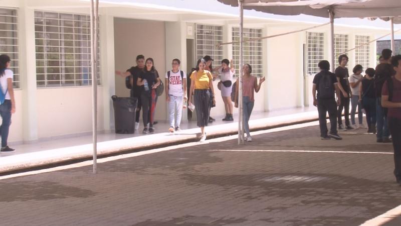 Más Universidades tendrán problemas para cierre de año