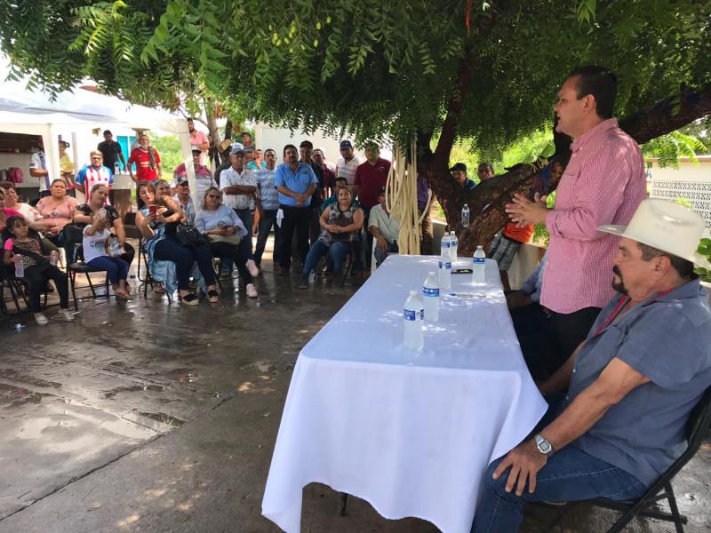 Entregan 5 millones de pesos  en artes de pesca en el Tetuán