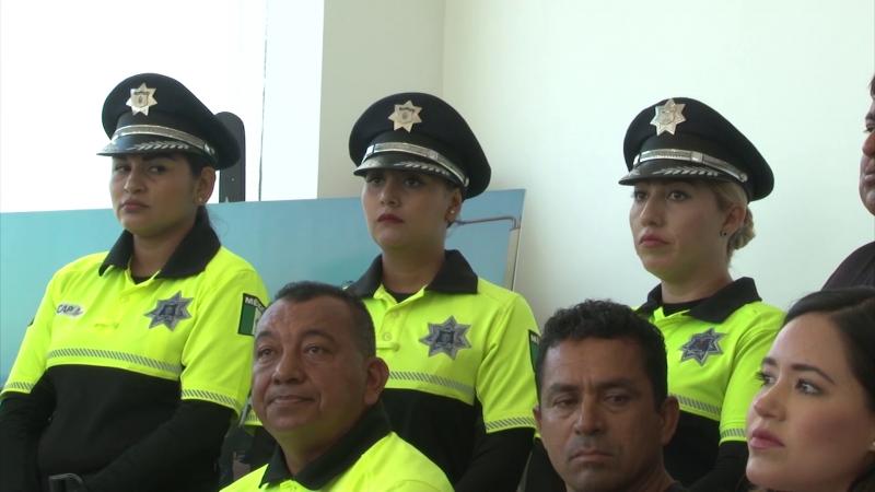 Enseñarán inglés a policías