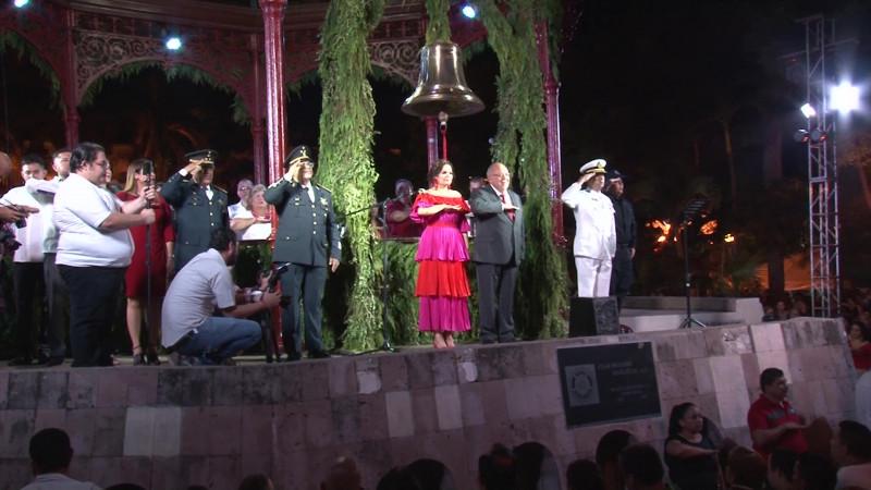Tiene Mazatlán un grito más fifí que austero