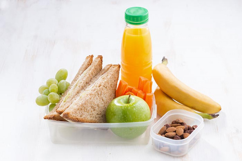 Importante  mandar a los hijos a la escuela con lonches saludables