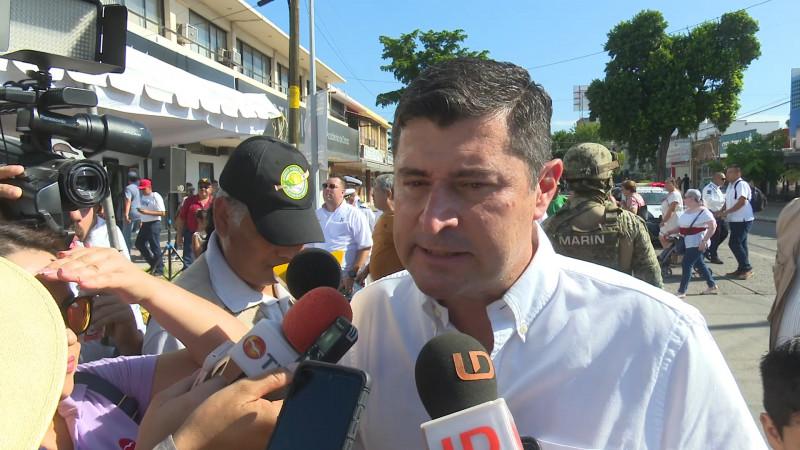 Alcalde destaca comportamiento y participación de los ahomenses en fiestas patrias