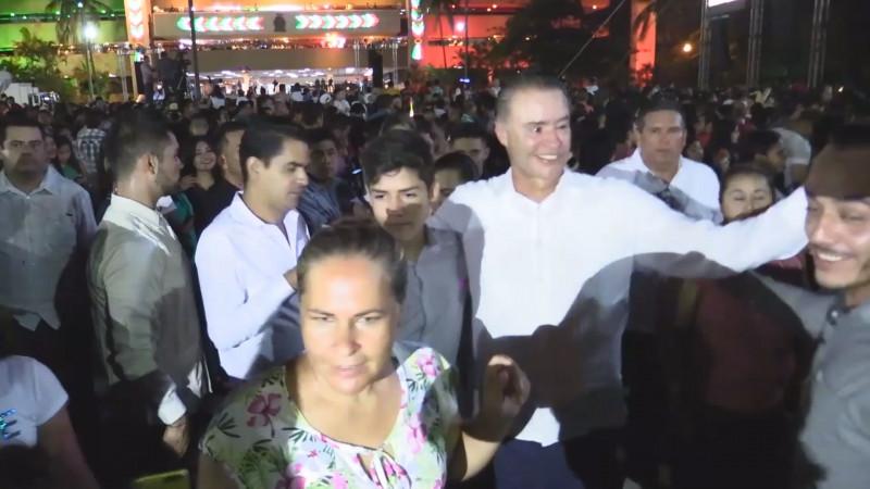 Detenidas 30 personas durante la ceremonia del Grito de Independencia en Palacio de Gobierno
