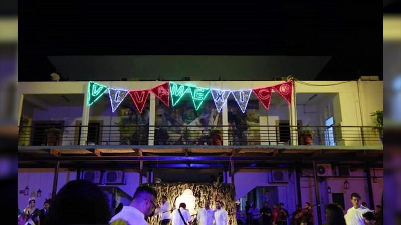 Hubo fiesta fifí dentro del grito 'austero' municipal