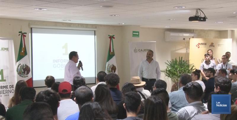 Expone Alcalde logros y proyectos para jóvenes Universitarios