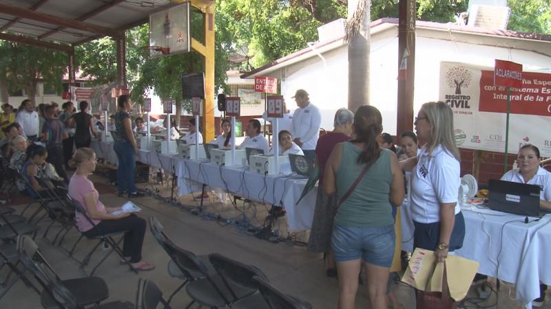 Mas de 8 mil 500 servicios otorgan en las Jornadas de Apoyo Puro Sinaloa en la colonia El Barrio