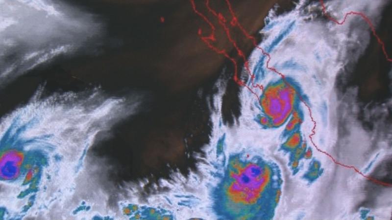 Huracán Lorena se aleja de las costas sinaloenses pero seguirán las lluvias
