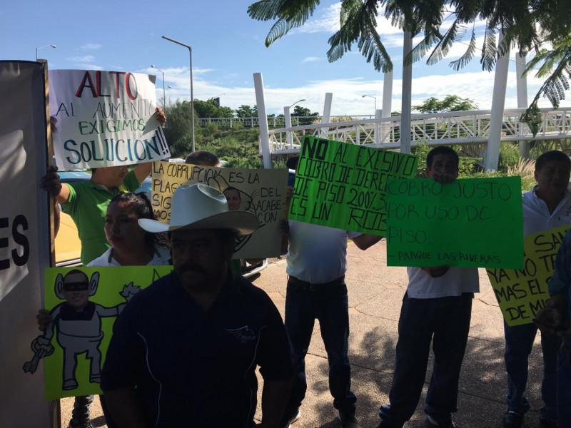 Artesanos y Comerciantes de Sinaloa exigen trato digno