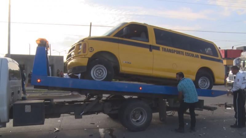Retiran de circulación 14 camiones para traslado de estudiantes