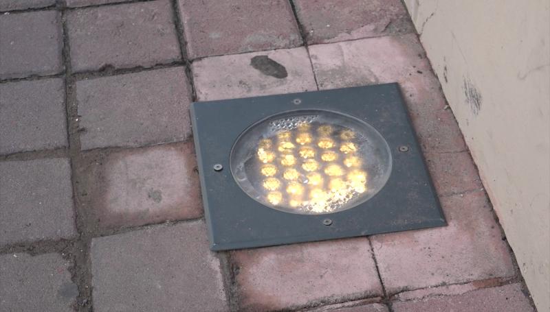 Prenden de día y se apagan de noche las luces del Centro Histórico