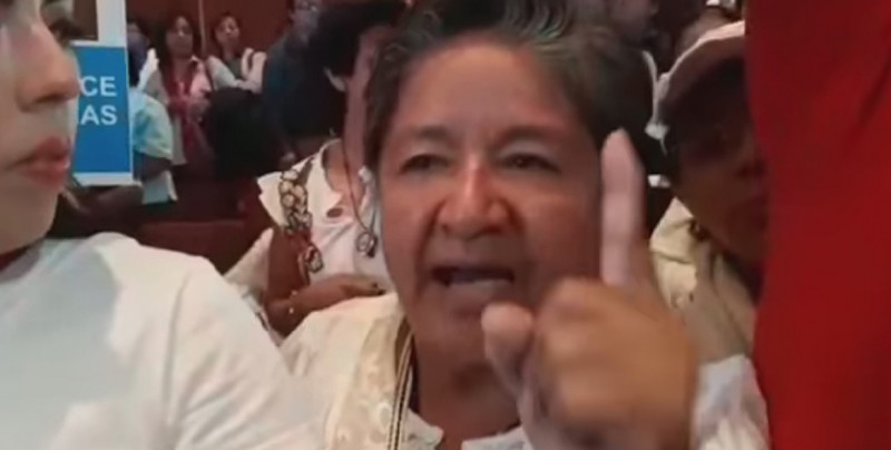 """VIDEO: Mujer """"predice terremoto"""" por despenalizar aborto y se hace viral"""
