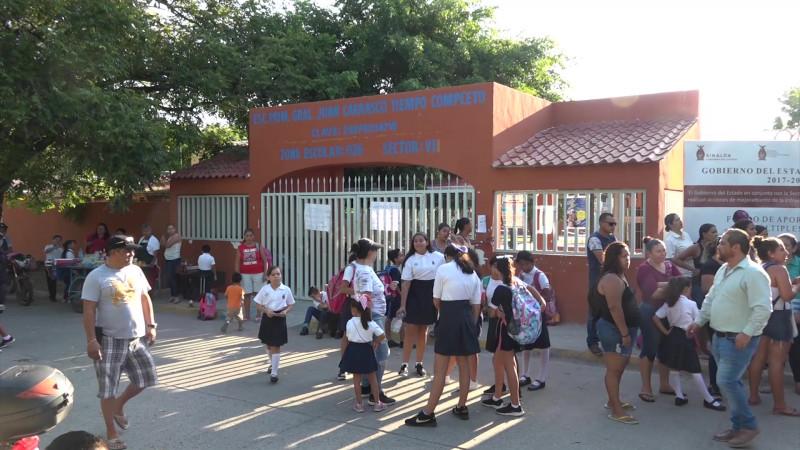 Paran clases por calor extremo en escuela de Mazatlán