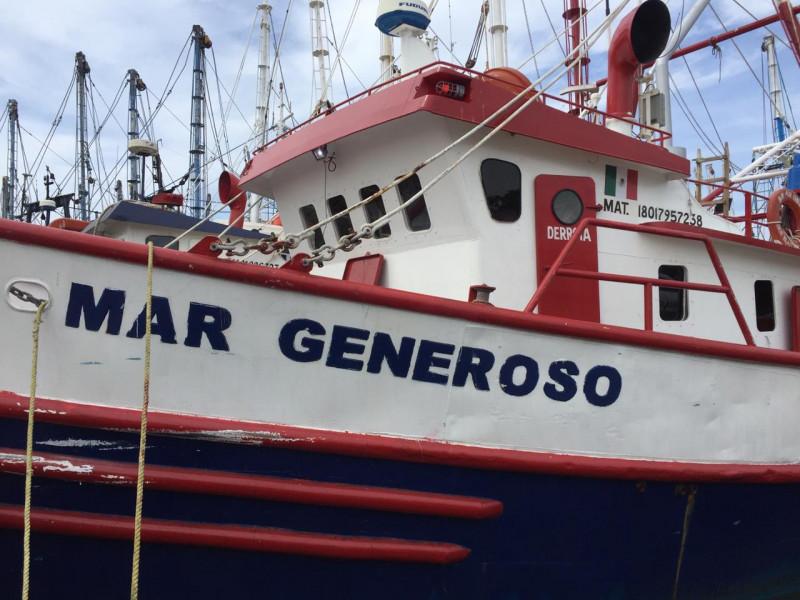 Niega permiso CONAPESCA para salir altamar: propietario de embarcación