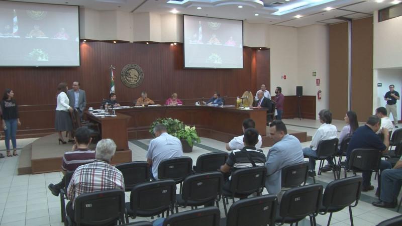 El Congreso llamará a comparecer al alcalde Estrada Ferreiro