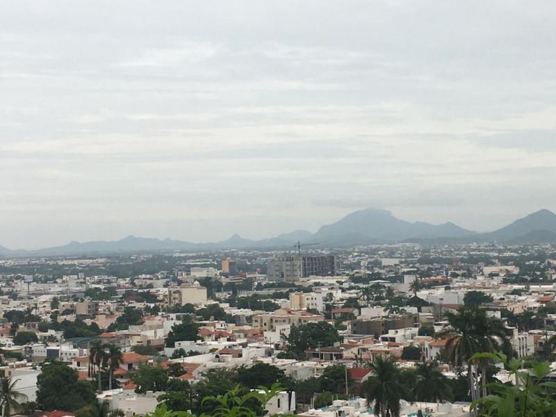 Preparados en Culiacán por posibles lluvias que deje Narda