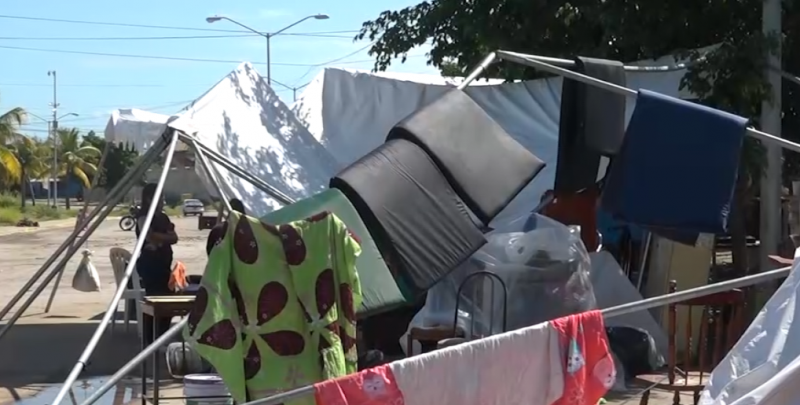 """En medio de la tempestad, viven desalojados de San Fernando el paso de """"Narda"""""""