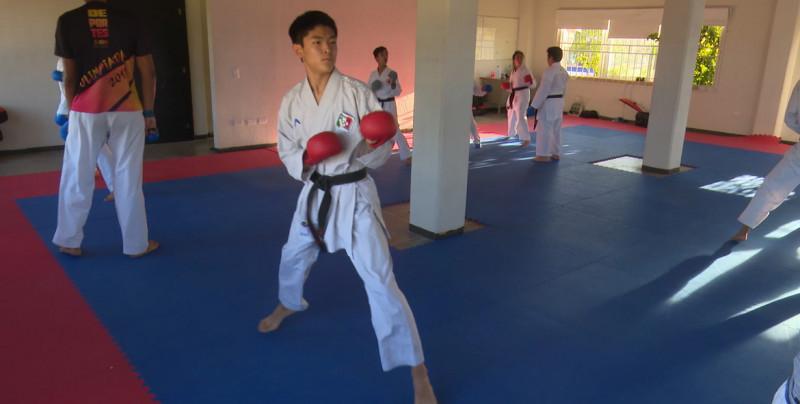 Dos mazatlecos al Mundial de Karate Do