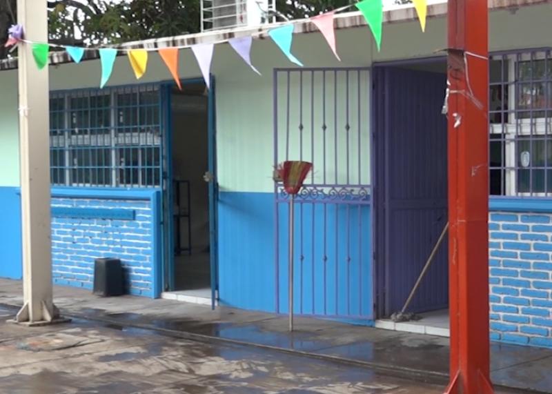 Se registra ausentismo en escuelas de Mazatlán por lluvia mañanera
