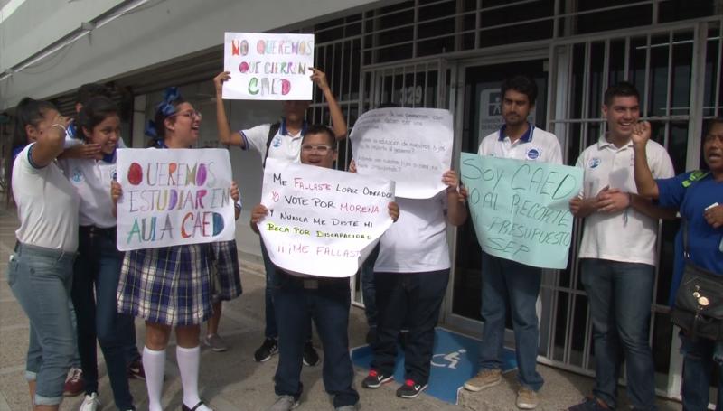 En riesgo de cierre los CEAD del país, padres en Mazatlán toman acciones