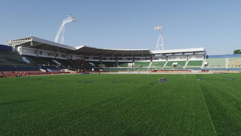 Adelantan inauguración del estadio de Guasave