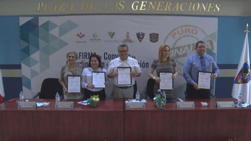Firma de convenio entre el SESSEP y la Escuela Normal de Sinaloa