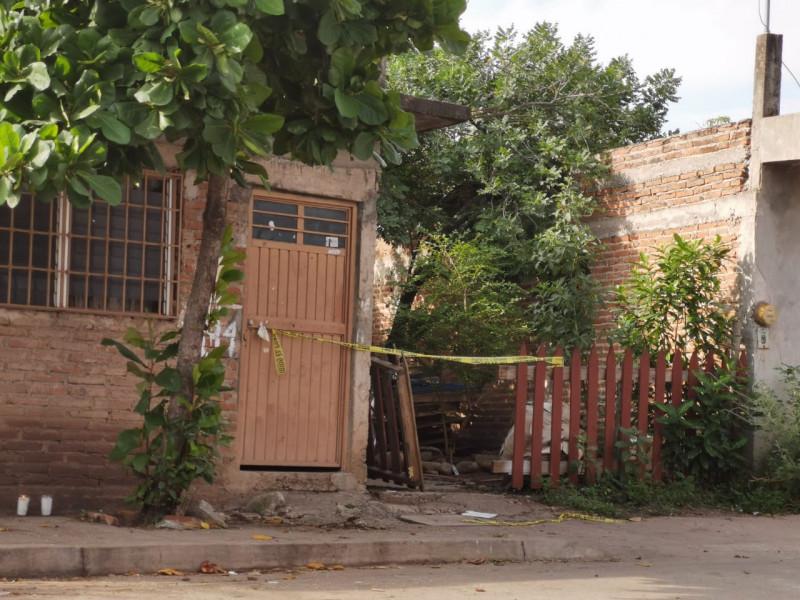 """Lo encuentran asesinado a """"puñaladas"""" al interior de su domicilio"""