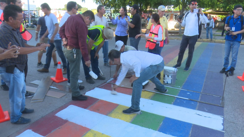 Pintores de pasos peatonales infringieron el bando de policía: Secretario