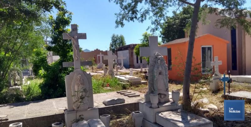 Inicia servicios públicos limpieza de panteones en Cajeme