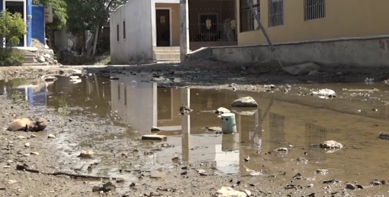 Vecinos de la Colonia Estero temen por su salud, autoridades siguen sin responder