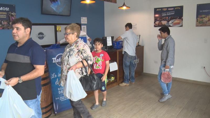 Celebran primer aniversario de Dolores Market en Culiacán