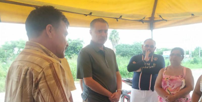Quirino atiende personalmente a desalojados de San Fernando