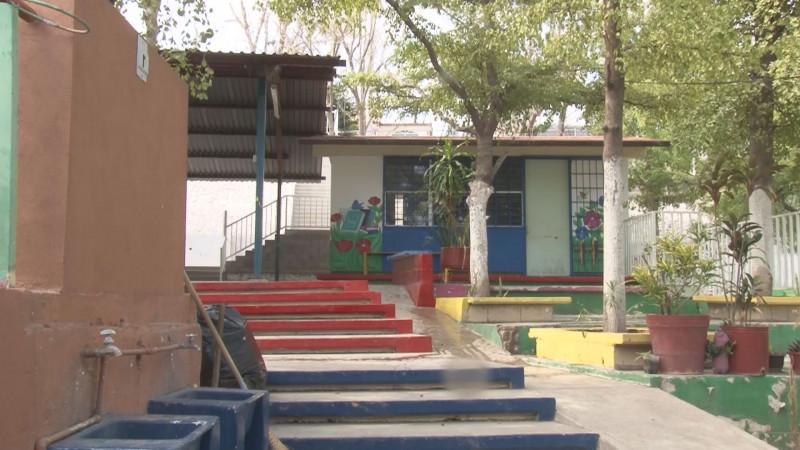 """Desconoce  Secretario de Educación si recursos del  """"Chapo Guzmán"""" se destinarán para escuelas de Badiraguato"""
