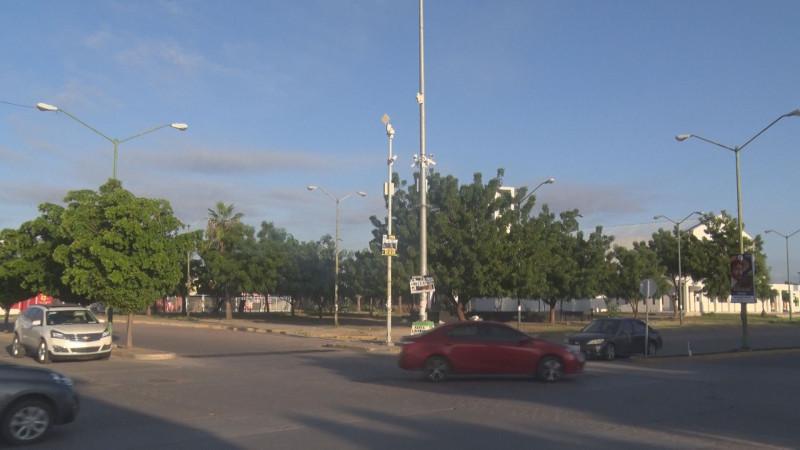 Piden la colocación de semáforos en Valle Alto