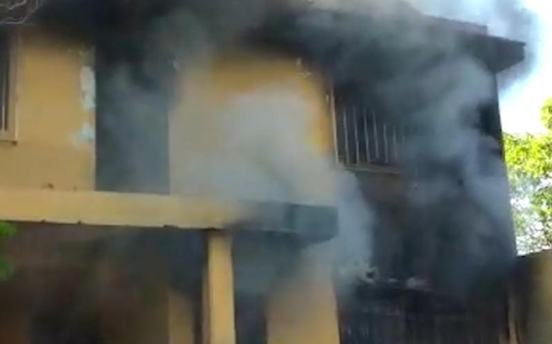 Exhorta cuerpo de bomberos a mantener precaución con altares de muertos