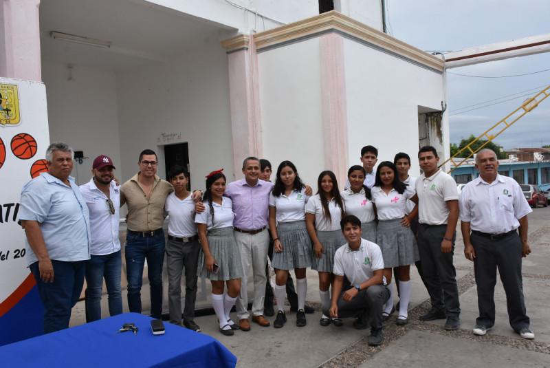 Refrenda alcalde de Rosario su compromiso con la educación