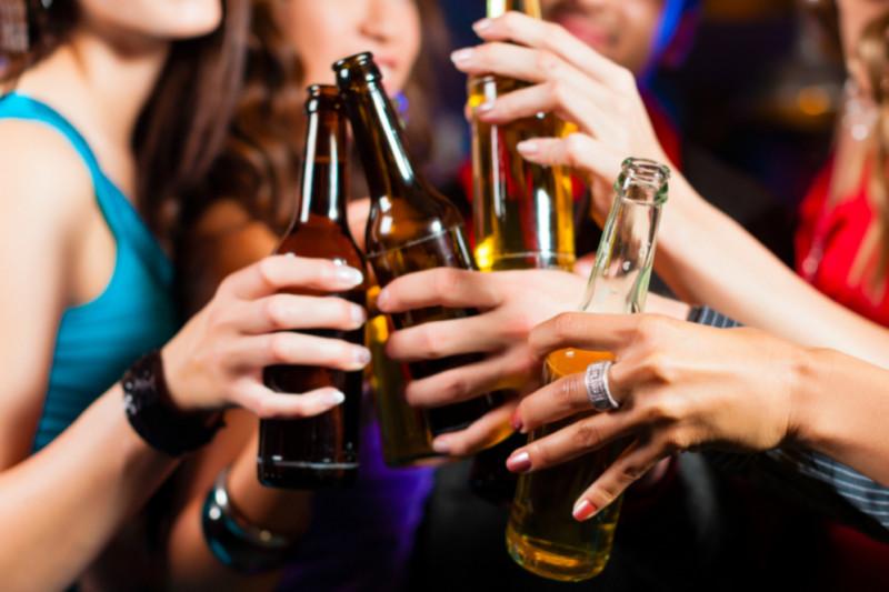 Ha disminuido el consumo de alcohol en los jóvenes