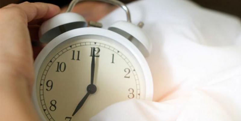 Está por iniciar el horario de invierno, ¡te decimos cuando atrasar una hora a tu reloj!