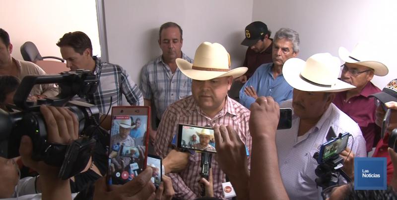 Productores se manifiestan en oficinas de Lamarque Cano