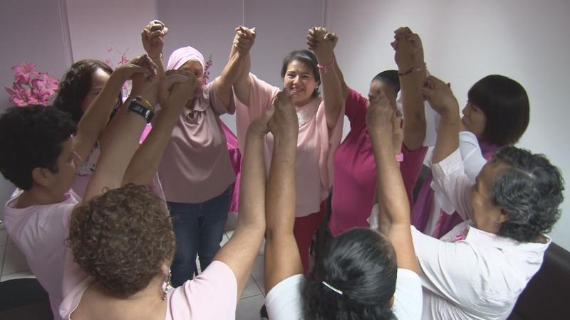 10 vidas en la lucha de vencer el cáncer de mama