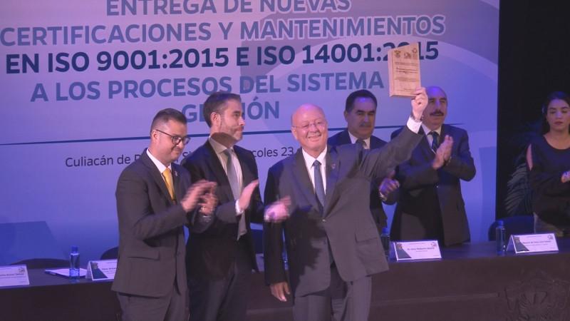 La UAS obtiene 55 certificaciones internacionales
