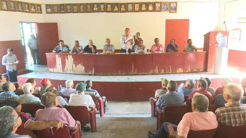 Ex trabajadores del ingenio en desacuerdo con demandar al sindicato