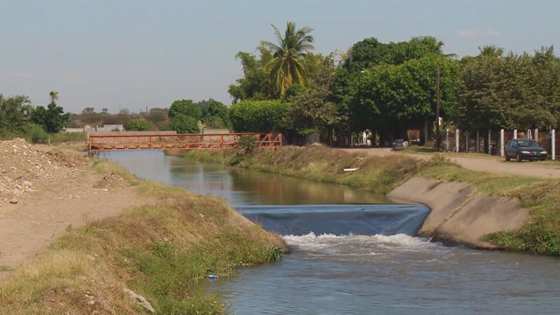 Ocurrencia que campesinos paguen por uso de agua: PRD
