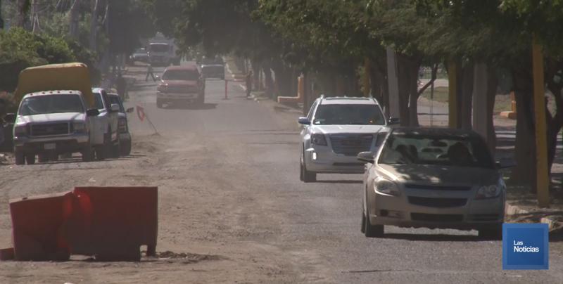 Habitantes afectados con la calle Lago Superior exigen a autoridades arreglarla