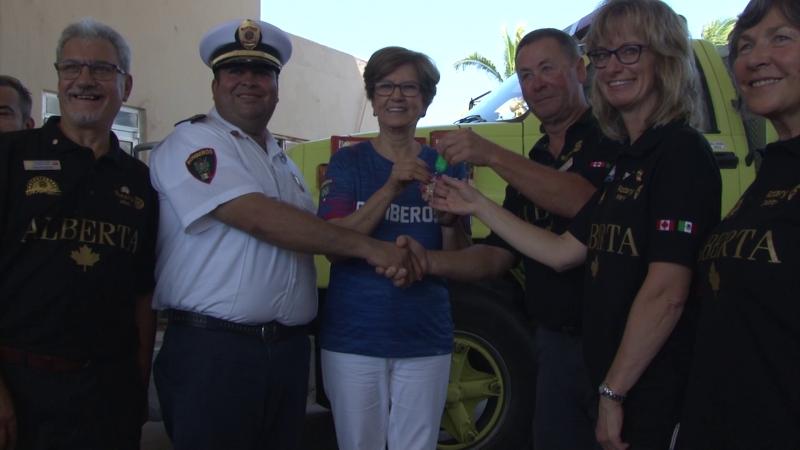 Rotarios entregan unidad bombera y equipo de rescate en Mazatlán