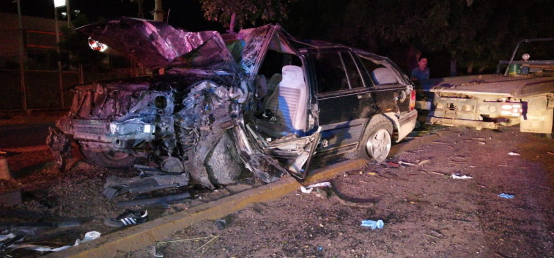 Accidente deja con lesiones graves a conductor