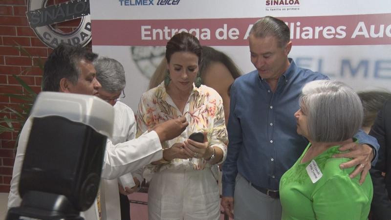 TELMEX dona a DIF Sinaloa mil 460  auxiliares auditivos