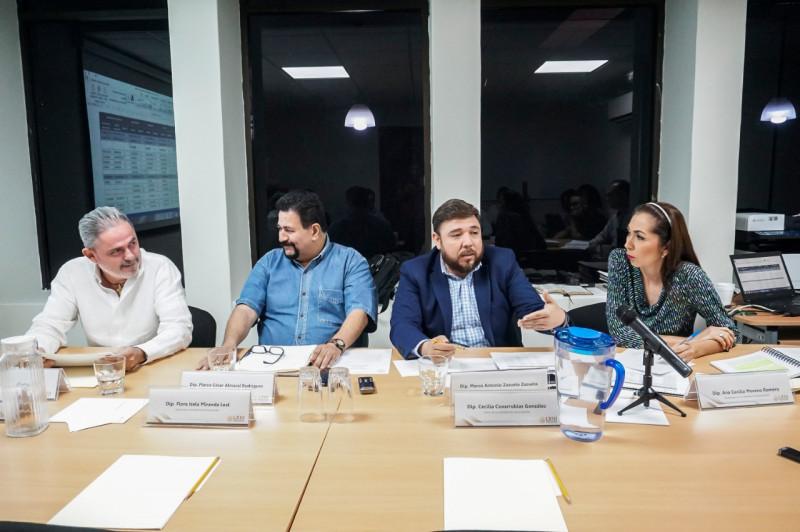 Comisión de fiscalización acuerda llamar a reunión de trabajo a titular de la ASE