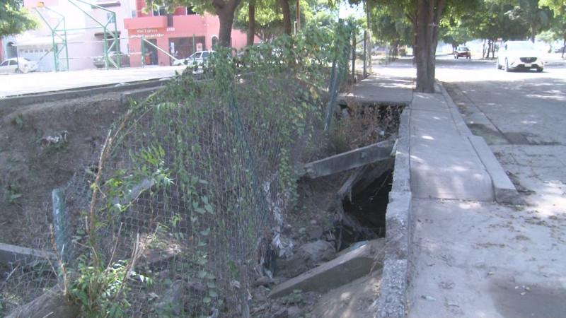 Parque en San Benito sigue igual, con barda dañada