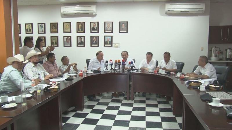 Compromiso firme de reasignar recursos a los sectores productivos de Sinaloa : Rocha Moya
