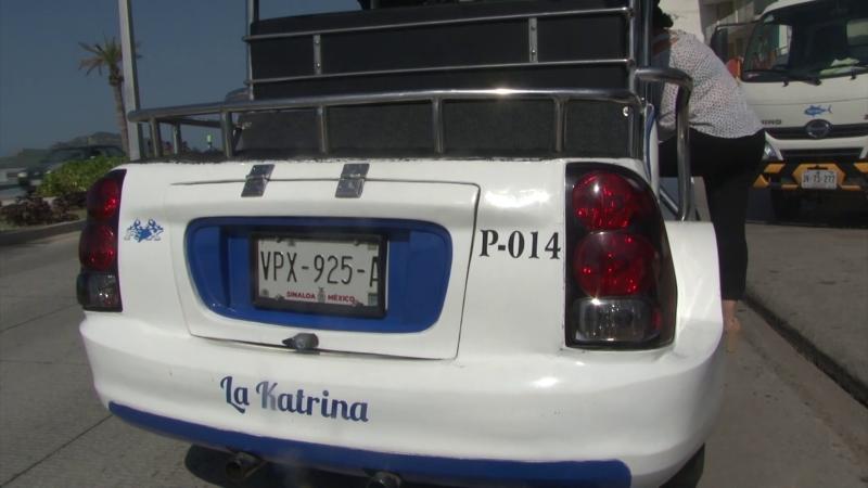 """La """"Katrina"""", se paseo por el malecón de Mazatlán"""